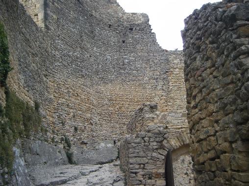 forteresse de Mornas