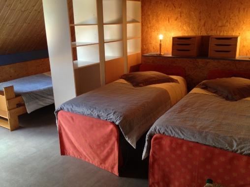 chambre 3 places étage Casa Arbores Jura
