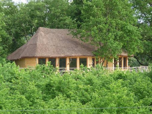 Chambre d'hote Vienne - Salle de séminaire dasn les arbres