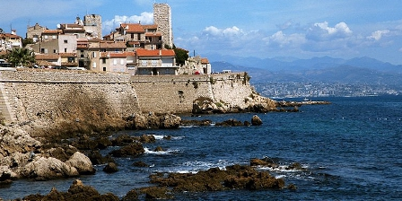 Antibes Gites Antibes and its ramparts