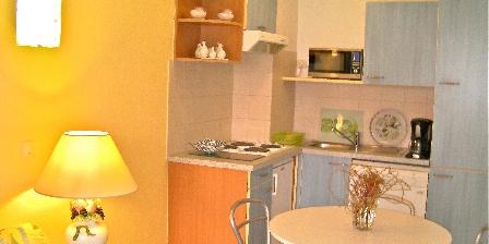 Location de vacances 2 Pièces à Juan-les-pins > Coin cuisine