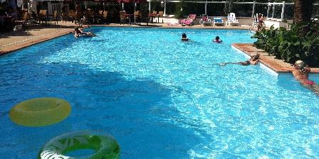 2 Pièces à Juan-les-pins Pool Free and open access