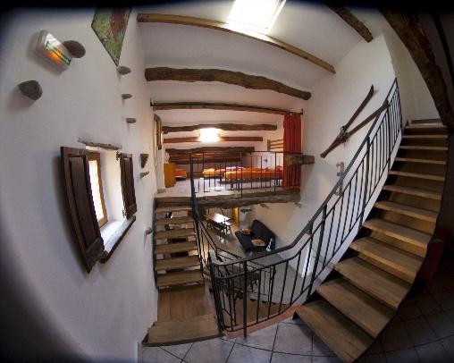 Chambre d'hote Alpes Maritimes - coin salon/chambre