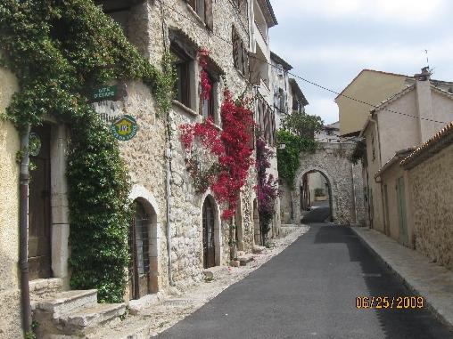 Chambre d'hote Alpes Maritimes - rue Ferrage