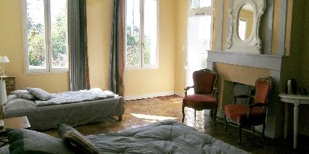 Domaine de Bellevue Cottage Les Ocres guest room