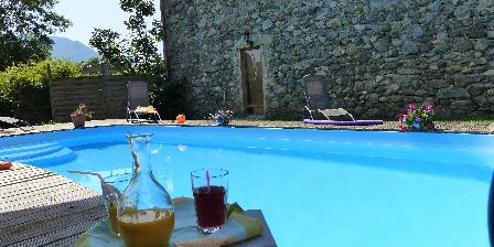 Les Chataigniers de Florac La piscine chauffée