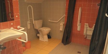 Gîtes Les Salicornes Salle d'eau adaptée - gîte Perce-Pierre