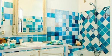 Chambres d'hôtes Le Pigeonnier Salle de bain