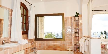 Chambre d'hotes BnB Bastide des Pins > Salle de bain Riviéra