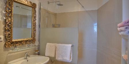 BnB Bastide des Pins Salle de bain Méditerranée
