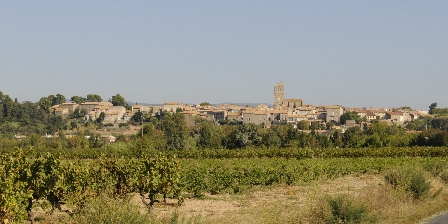 Les Cordeliers du Comtal Main view of the village AZILLE