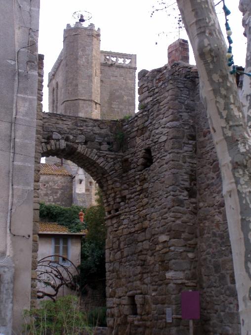 vue de l'église d'Azille