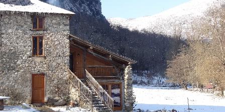 La Maison du Meunier Gîte Rural Sous la neige