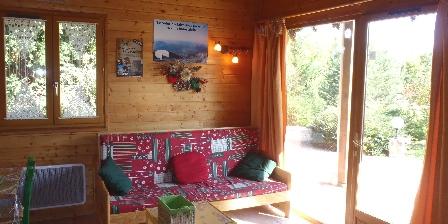 Location de vacances Les Chalets de La Vigne Grande > vue sur montagne et vallée