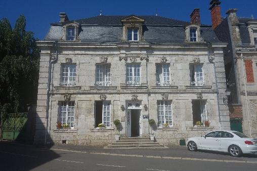 maison côté façade