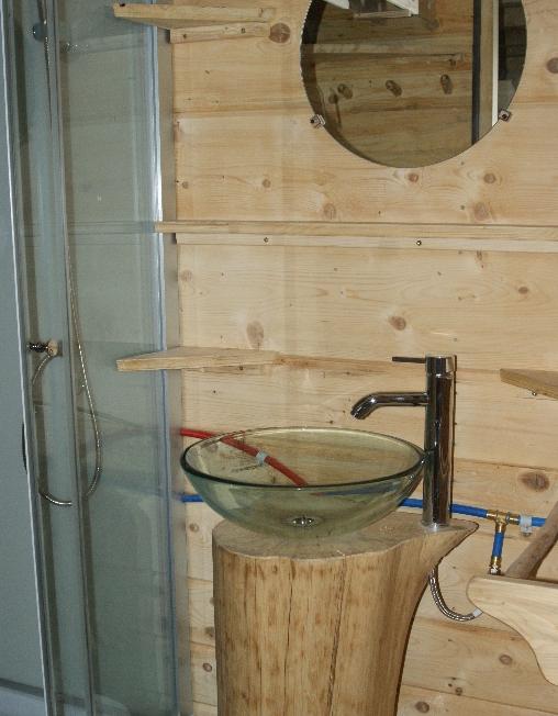 Chambre d'hote Jura - Douche + lavabo
