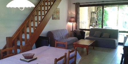 Location de vacances Les Maisons du Mas > séjour grande maison