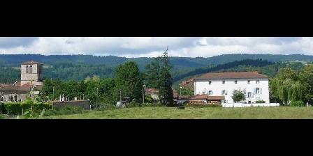 Domaine La Reveille Dore l'Eglise: Eglise et maison