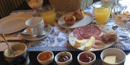 Domaine La Reveille Petit Dejeuner