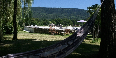 Domaine La Reveille Jardin et Piscine