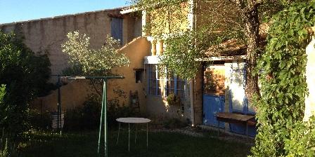 Domaine La Vanige Le balcon du gîte Brassens : location avec piscine en Provence