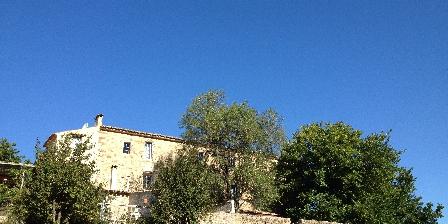 Domaine La Vanige La façade est de votre location de vacances en Provence