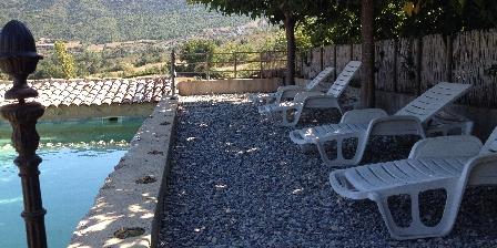 Domaine La Vanige Gîte avec piscine pour vacances en Provence