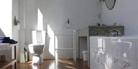 Manoir de La Voûte Chambre Amboise : salle de bains