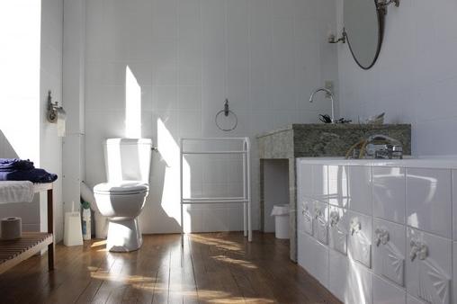 Chambre Amboise : salle de bains