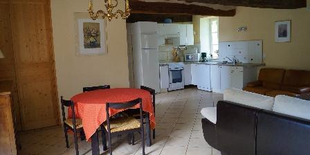 Manoir de La Voûte Cottage Montpoupon : pièce principale