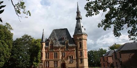 Gîtes Château de Petit Bois à Cosne d\'Allier