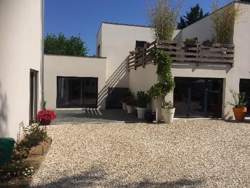 Chambre d'hote Indre-et-Loire - Vue de la partie privative pour les chambres Montmartre et Holly