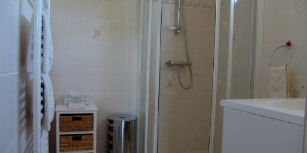 La Vigneraie de Fuissé Bath room