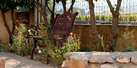 La Vigneraie de Fuissé A peacful corner of the garden