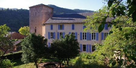 Gîte Petit Château de Roquetaillade Le gîte fait parti de Château Roquetaillade (Chambres d'hôtes)