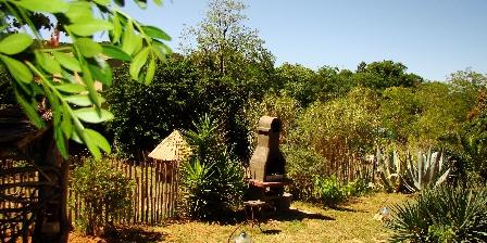 Le Mas de La Gavaresse La Fenière Le jardin