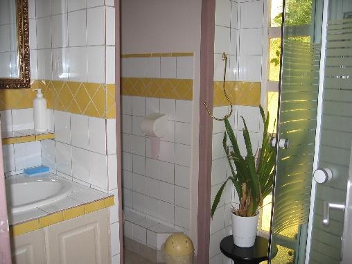 Chambre d'hote Maine-et-Loire - salle d'eau Ch BRUNE