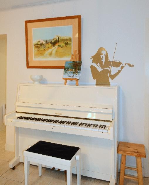 Le piano dans le séjour