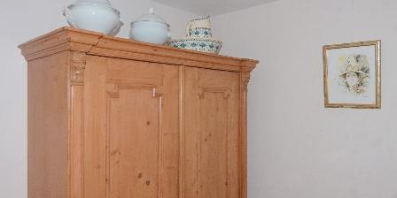 Le Gîte de L'atelier Meuble ancien dans la chambre