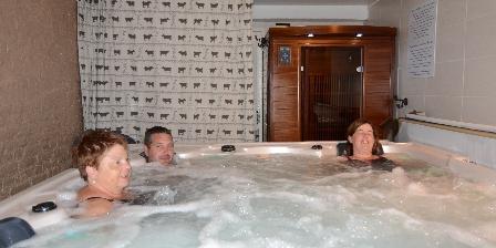 Le Gîte de L'atelier Jacuzzi et sauna infrarouges