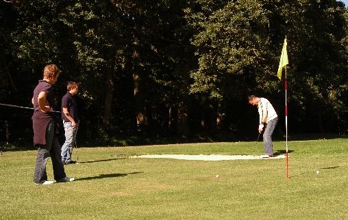 L'accès gratuit du golf compact