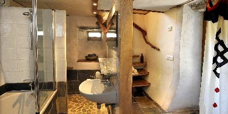 La Source de Castagnols Salle de bains Cypres la source de castagnols