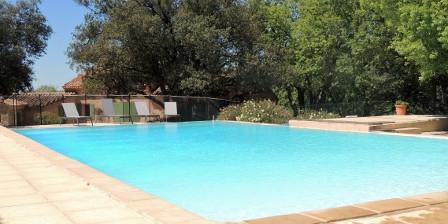 Les Chênes Verts La piscine à débordement