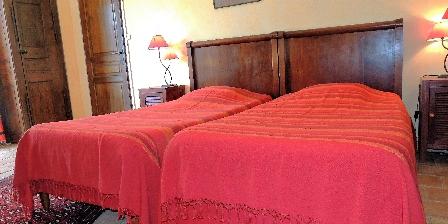 Les Chênes Verts Chambre Orange 2 lits jumeaux