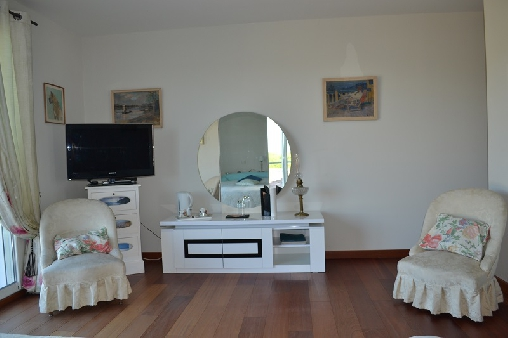 Chambre JASMIN coin salon
