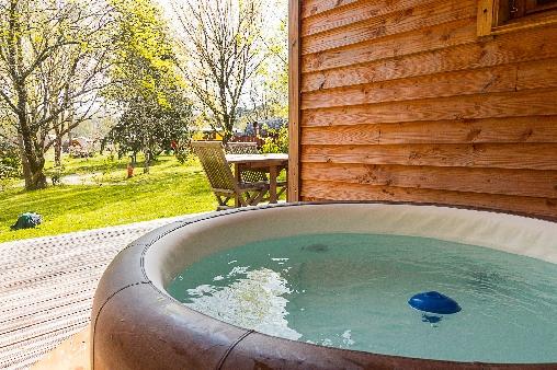 Cabane avec spa en Aquitaine