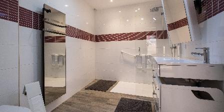 Domaine de Malouziès Salle de bains 2