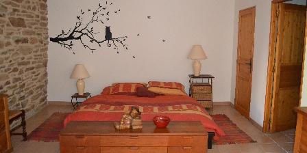 Gite La Colline du Chat Perché > 1ère chambre gîte
