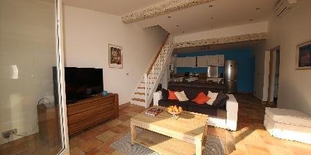 Gite Villa Pagnol > Séjour duplex `Iris`
