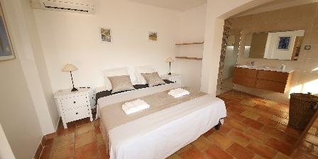 Gite Villa Pagnol > Chambre du duplex `Iris`